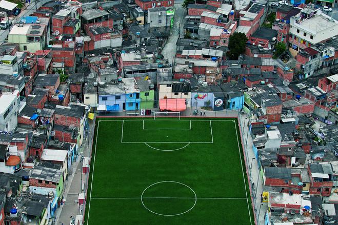 圣保罗贫民窟中的一处足球场